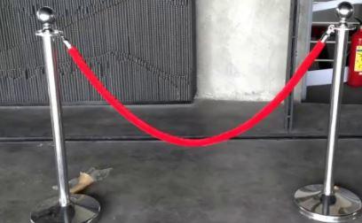 Dây nhung cột chắn inox dây trùng