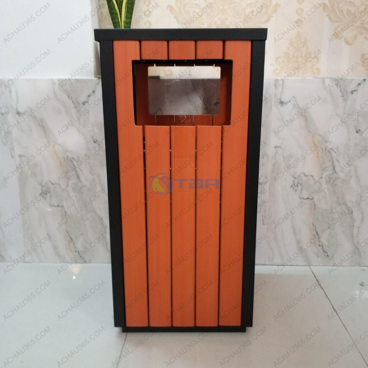 Thùng rác bọc gỗ hình vuông cao cấp
